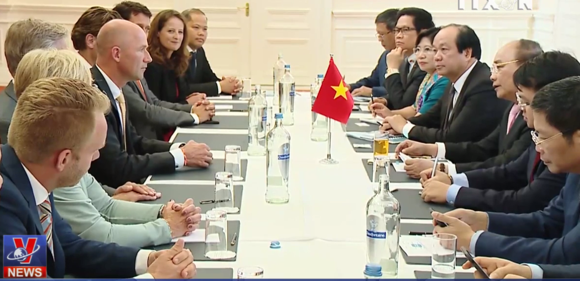 Activities by PM Nguyen Xuan Phuc in the Netherlands